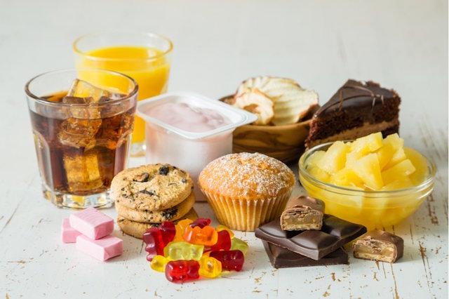 Açúcar refinado: por que ele faz mal e como substituir