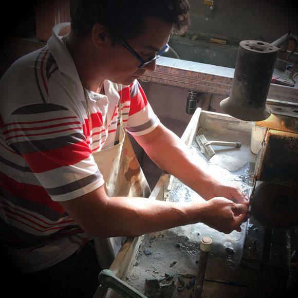 Wanderley, o artista das pedras preciosas